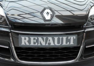 Renault in Turkey offers concessions to striking workers