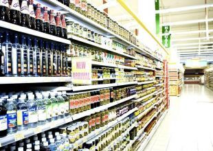 Supermarkets ban grocers over bulk-buying scam