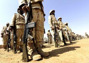 Saudi border guards chase smugglers in Yemen exodus