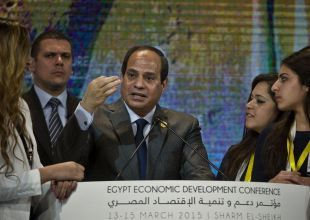 Egypt's President says gov'ts must work together to solve issues