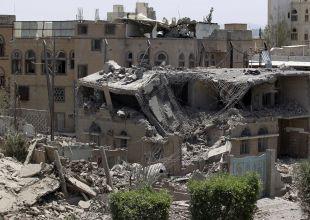 US President urged to halt Saudi arms sales over Yemen airstrikes