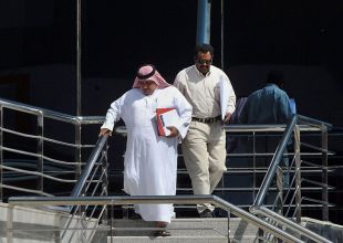 Saudi Arabia considers higher employment fees for expats