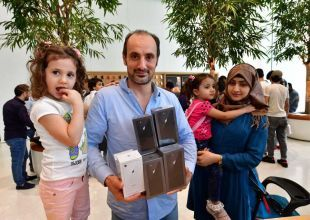 Lukewarm launch for iPhone 8 in the UAE