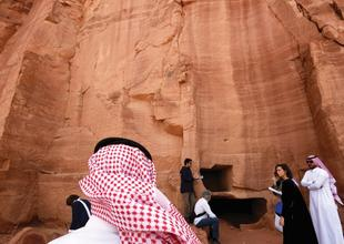 Sotheby's exploring desert arts hub with Saudi government