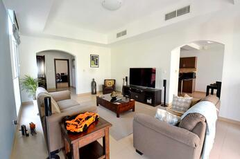 Property of the week: Modern townhouse, Phase 1, end unit, close to park and pool