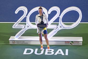 Simona Halep claims 20th career title with Dubai triumph