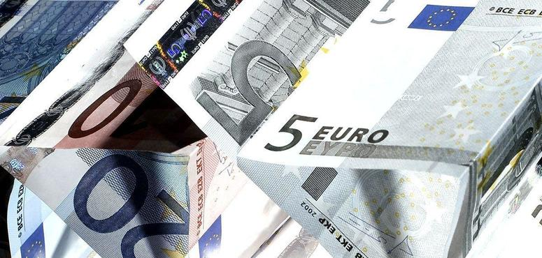 Euro zone at critical stage, reforms needed for growth - IMF