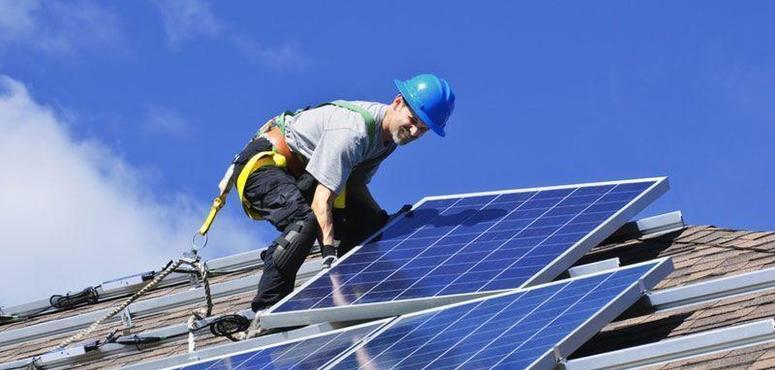 Video: Can renewables bring profit?