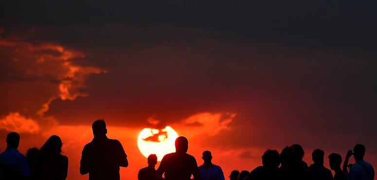 Gallery: Century's longest 'blood moon' lunar eclipse dazzled sky gazers across the globe