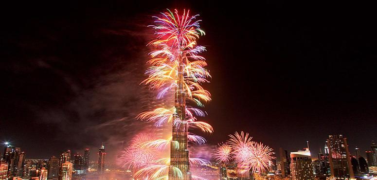 Video: Glimpse of New Year's Eve fireworks display at the Burj Khalifa