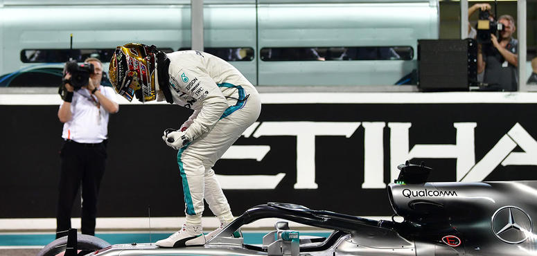 In pictures: Lewis Hamilton takes pole position in Abu Dhabi