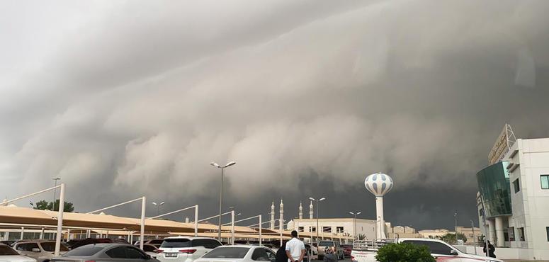 UAE motorists warned amid rain, stormy conditions