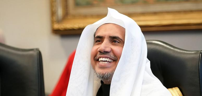 Saudi cleric visits Auschwitz, reaches out to Polish Jews