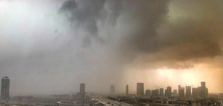 Rain, thunder and lightning forecast to hit the UAE from Friday