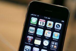 Teen creates app that jailbreaks iPhone 3GS