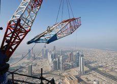 Last high altitude crane removed from Burj Dubai