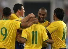 Nilmar header gives Brazil victory in Doha clash