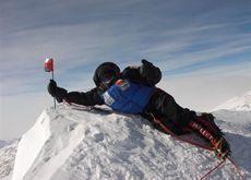 Arab explorer Nabs conquers Antarctic's highest peak