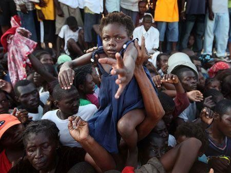 Hundreds of thousands displaced in Haiti