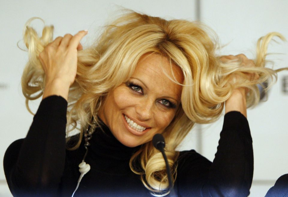 Pamela Anderson said to be attending QE2 NYE party