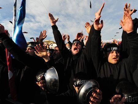 Muslims around the world mark Ashura