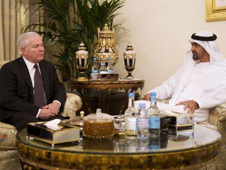 US Defence Secretary in Abu Dhabi