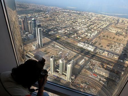 First images from top of Burj Dubai - UPDATE 1