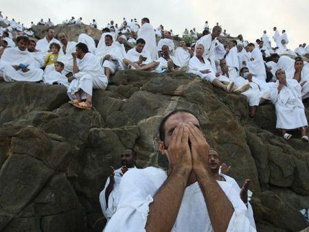 Hajj pilgrims defy floods