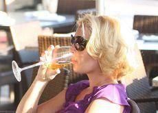 Over 40% think Dubai should ban alcohol