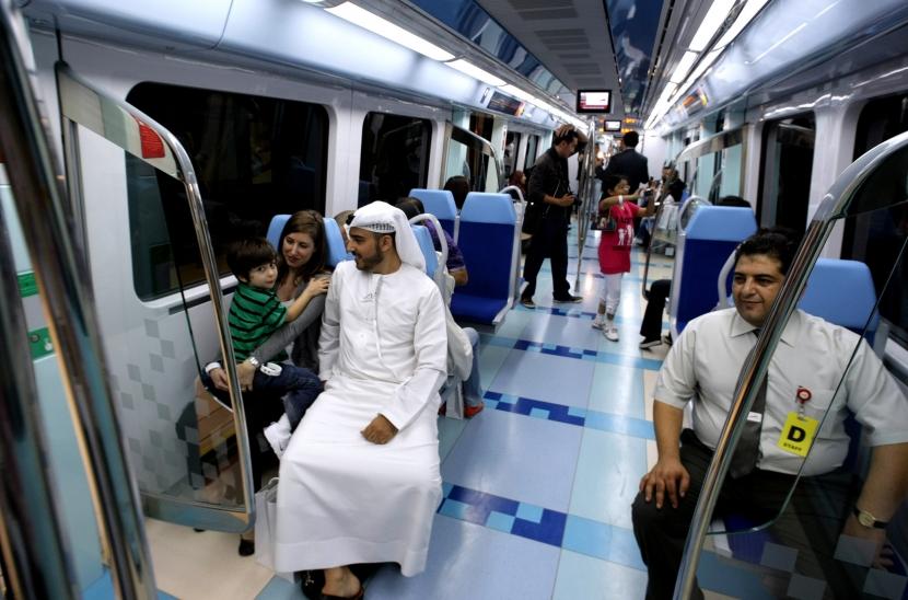 090909 - day of the Dubai Metro