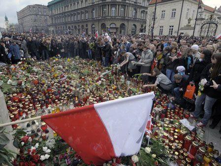 Polish President killed in airplane crash