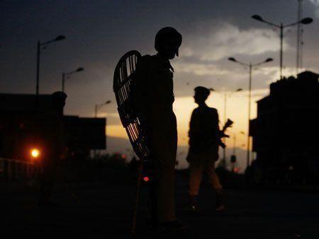 Kashmiri curfew