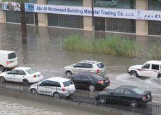 Heavy rain causes traffic chaos on UAE roads