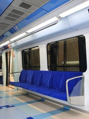 More exclusive Dubai Metro photos
