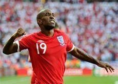 Defoe goal puts England into last 16 of World Cup