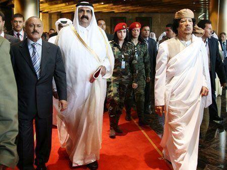 Arab leaders meet for mini-summit