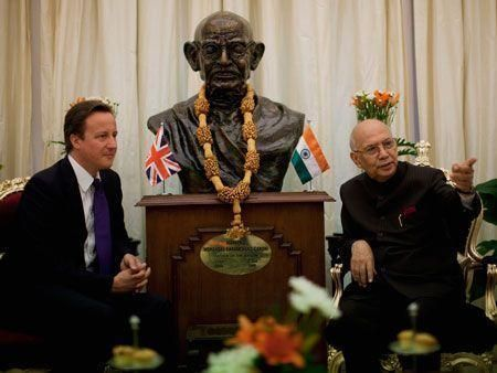 British PM makes official visit to India
