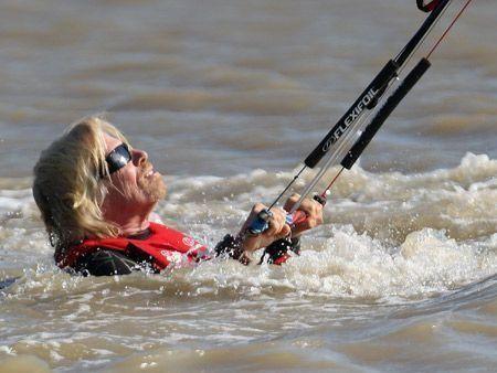 Richard Branson attempts Channel kitesurf