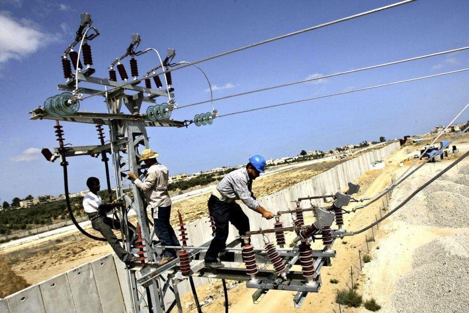 Abu Dhabi signs loan deal for Azerbaijan power project