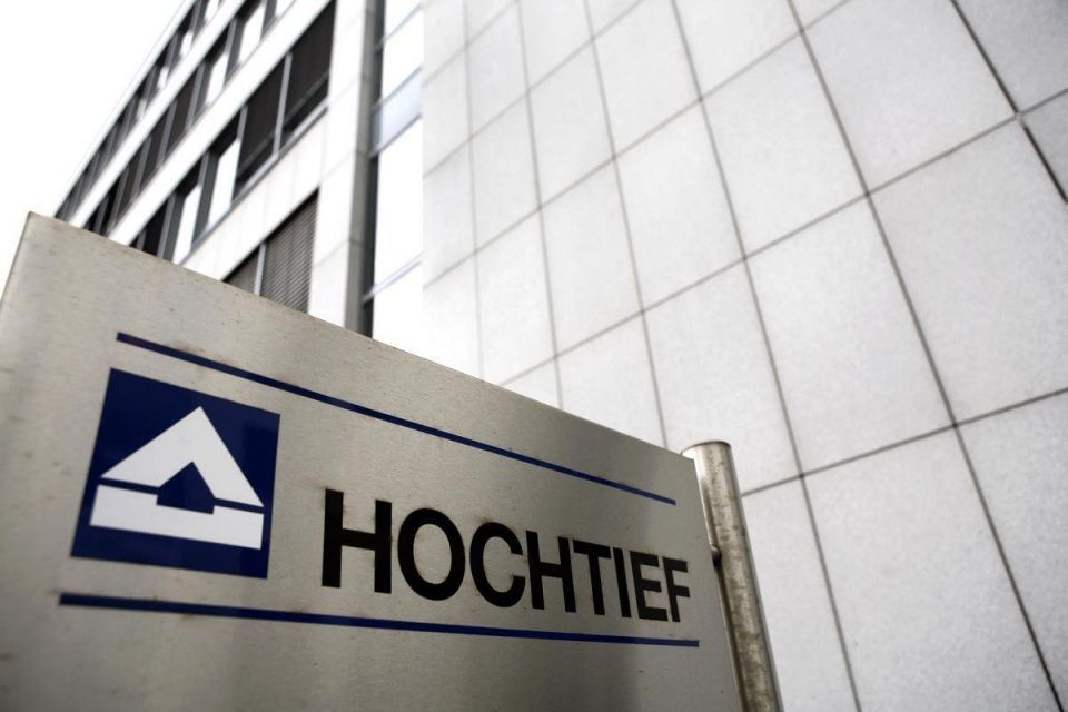 Hastings to sell Hochtief airports stake - sources