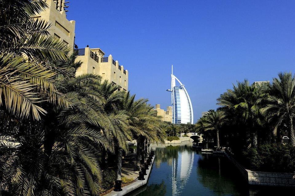 Arab Spring helps Dubai hotels defeat summer lull