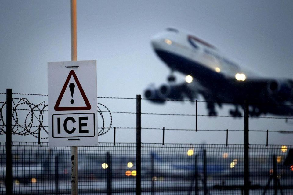 International air-passenger traffic slowed in December