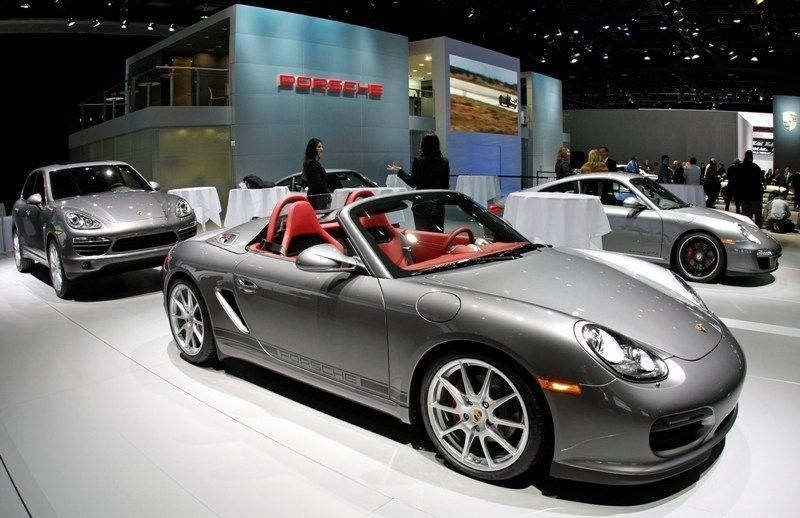Porsche nets over $7bn from rights issue