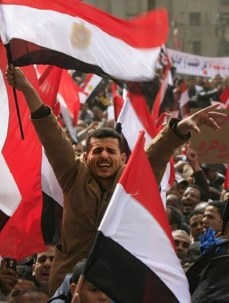 Egypt committee proposes 8-year cap on presidency