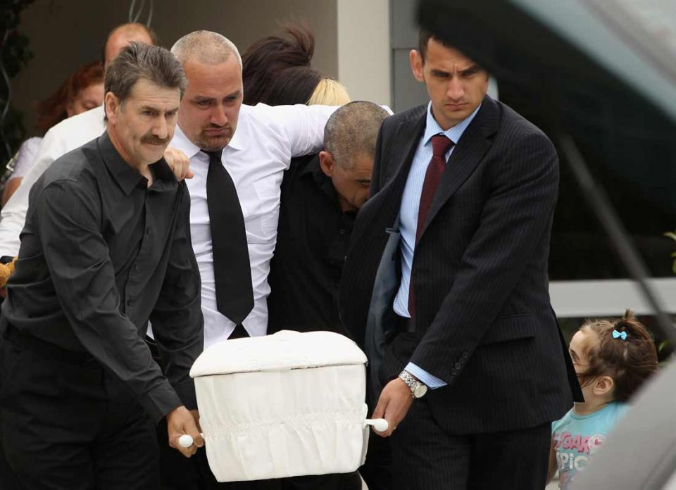 New Zealanders bury their dead after quake disaster