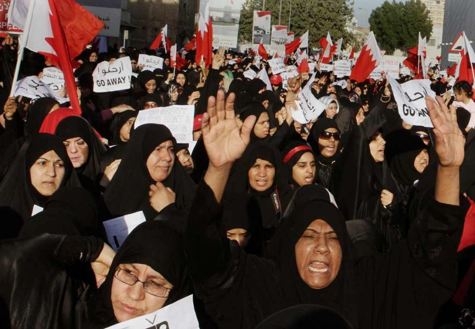 Bahrain opposition drops pre-conditions for talks