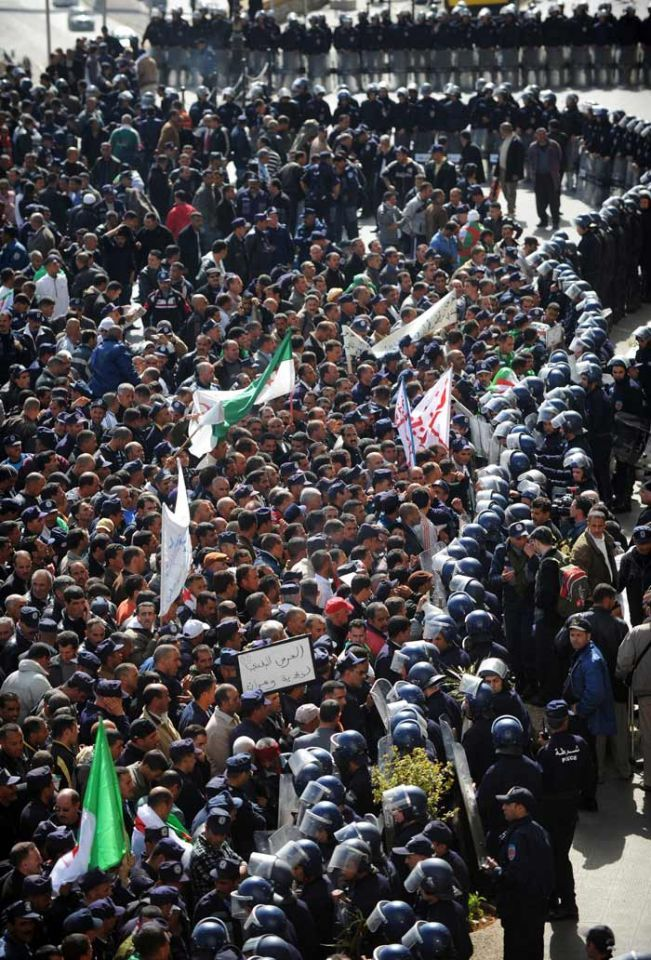 Thousands of Algerian police protest in country's capital