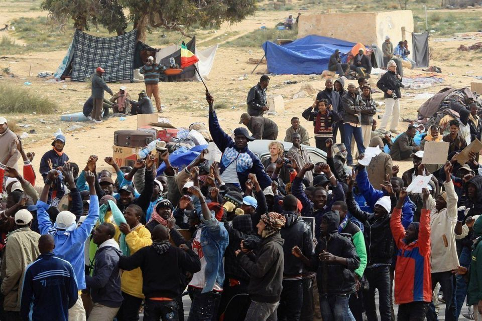 Tunisia overwhelmed by influx of refugees from Libya