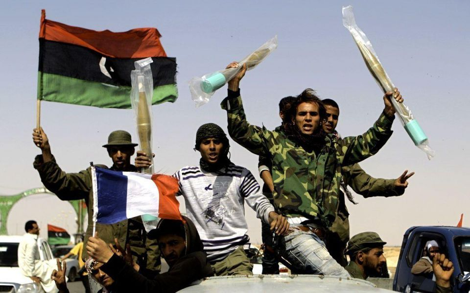 Aided by air strikes, Libya's rebels push west