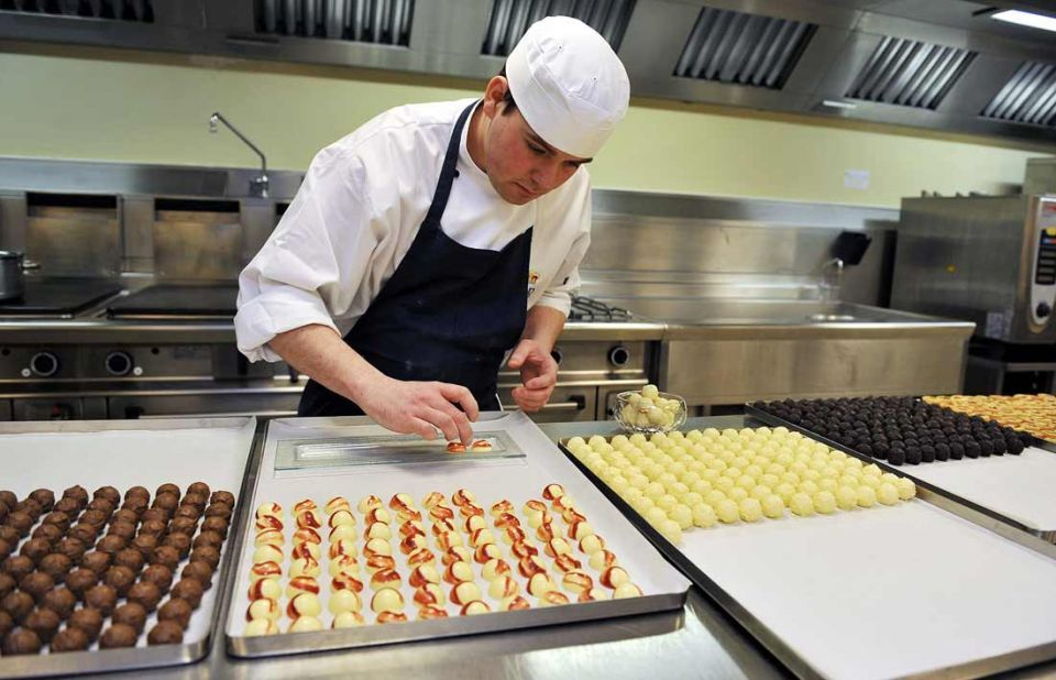 Qatar firm eyes deal with 3 Michelin starred chef